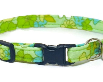 Cat Collar - Retro Flowers on Green - Breakaway Safety Cute Fancy Cat Kitten Collar