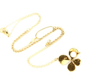 Luck - Vintage Gold Tone and Pearl Four Leaf Clover Pin Necklace
