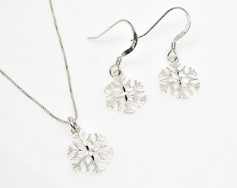 Snowflake Winter Charm Necklace and Earrings Set Sterling Silver no. 2259-3566