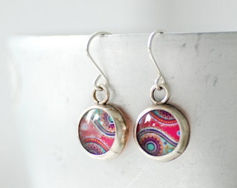 Paisley Earrings, Mod Earrings, Retro Earrings, Paper Earrings, Bezel Earrings, Paisley Jewelry, Pink and Blue, 1970's Inspired