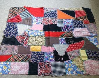 vintage 40s Crazy Quilt Section of Unfinished rayon fabric Quilt #2 Embroidered AH