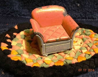 Vintage 1930's Die Cast Iron Tootsie Chair, Mute Pink & Teal Lounge Chair, Primitive Doll House Furniture