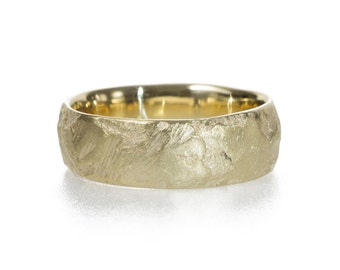 Gravel Wedding Band
