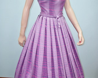 Vintage 50s Full Skirt Dress . Lilac, Pink & Blue Stripes and Dashes Print . S M
