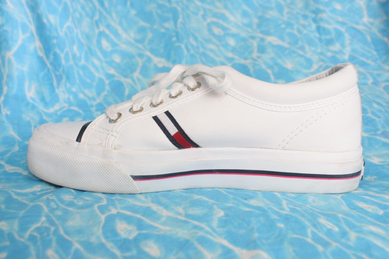 90s hilfiger platform tennis shoes size by