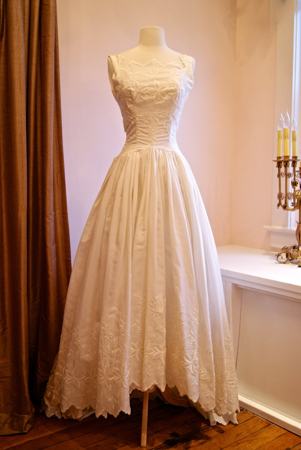 Vintage Wedding Dress 1950s Lace Wedding Gown With Eyelet