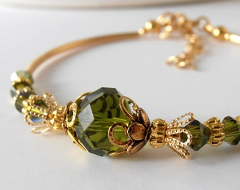 Olive Crystal Bracelet in Gold Olive Bridesmaid Jewelry Beaded Wedding Jewelry Bridesmaid Bracelet Olive Green Weddings Green Wedding Sets