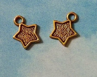 20 tiny textured star charms, gold tone, 13mm