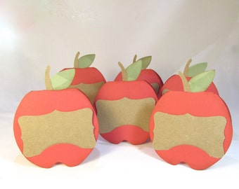 Apple Shaped Place Cards - Fall Autumn Harvest Party Decor - Thanksgiving Halloween Place Setting - Personalized Name Cards - Fall Wedding