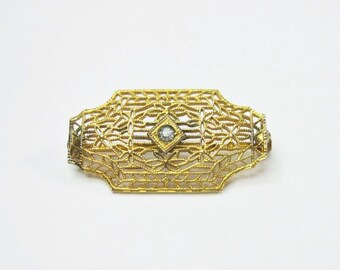Tiny Art Deco Filigree Pin - Gold Tone - Early 1920s