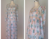Vintage 60s Hippie Maxi Dress with long sleeves // Boho Floral print dress with Empire waist // Bohemian summer Festival Dress