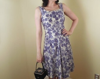 SALE ,Vintage Anne Taylor, Dress ,Size 7 ,perfect Silk , lined