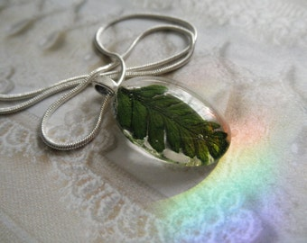 Lush Green Feather Fern Small Glass Oval Pendant-Rustic, Earthy, Woodsy,Minimalistic-Symbolizes Perseverance-Nature's Art-Gifts For 25