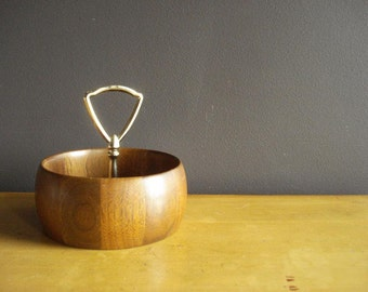 Wood You Like a Serving Bowl - Vintage Walnut Ware Bowl - Wood Bowl with Brass Handle