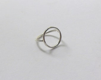 Sterling silver circle ring.