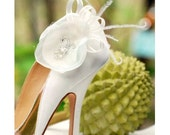 Bride Shoe Clips White / Ivory Beige. More Teal Pink Coral Rose. Embellishment Bride Bridesmaid, Elegant Romantic Fashion, Pearl Glass Beads