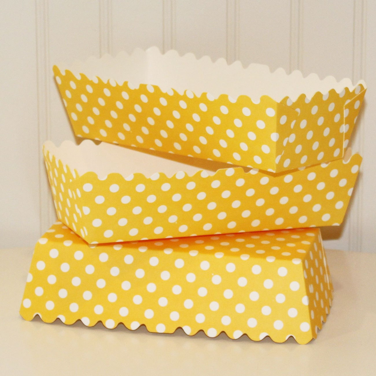 Paper Party Food Trays 5 Yellow Dot Paper Serving Trays Hot