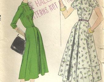 Vogue 9029 Vintage 50s Sewing Pattern // Dress Size 14 Bust 34