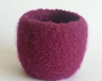 Small Hand Felted Crochet Bowl, Burgundy Bowl, Felt Bowl, Handmade Bowl, Crochet Bowl, Small Felt Bowl, Purple Bowl, Wool Bowl, Round Bowl