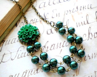Green Necklace Green Pearl Necklace Forest Green Necklace Flower Necklace Green Statement Necklace Gift For Her Dark Green Necklace