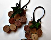 Wine Cork Ornament / Bottle Decoration - Grape Bunch - Set of 2 - Gift Tag, Party Favor, Eco Friendly Holiday Decor