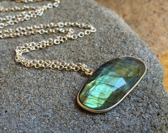 Labradorite gemstone Necklace.  Sterling Silver.