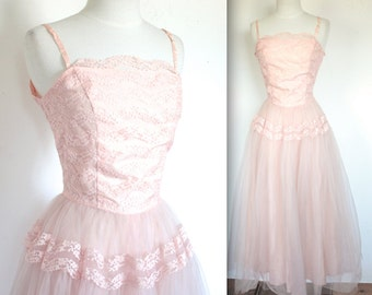 Vintage 1950s Dress // 50s Powder Chiffon and Lace Party Gown // My Funny Valentine // DIVINE