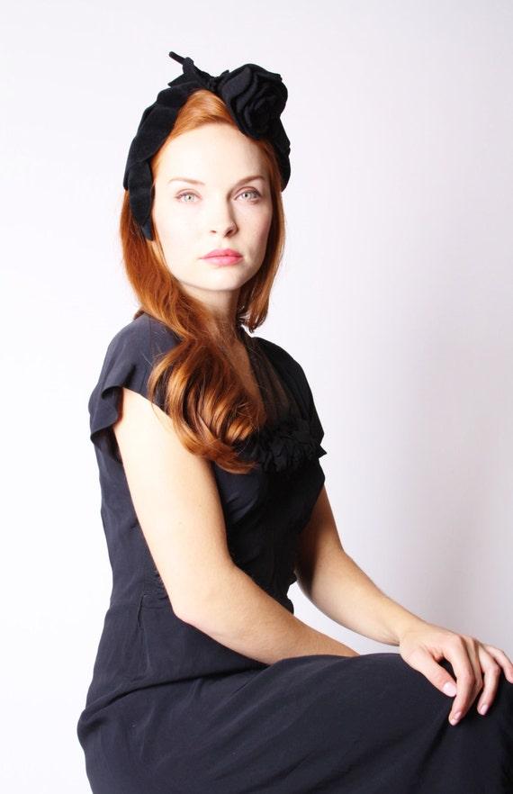 1940s Black Rose Hat - Vintage Velvet Hat - Hair Fascinator  - 1940s Hats - Film Noir - Femme Fatale -