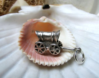 Sterling Silver Western Stagecoach Charm Pendant 3D 2.19 grams