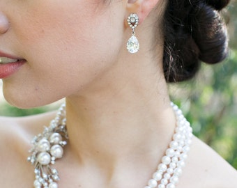 Bridal Rhinestone Earrings Bridal Earrings Swarovski Crystal Bridal Stud Earrings Crystal earrings Bridal Earrings Wedding Earrings DANAY