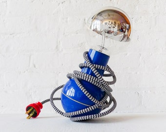 Vintage Mid Century Modern Wobble Lamp Zig Zag Textile Cord - Mod Round Silver Bowl Light Bulb - Innovative Interior Design Ideas OOAK
