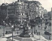 LONDON Piccadilly Circus, vintage London photo, BW photo decor