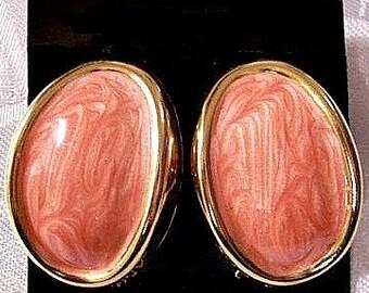 Orange White Marbled Pierced Post Pierced Stud Earrings Gold Tone Vintage Large Oval Wide Edge Smooth Raised Rimmed Edges