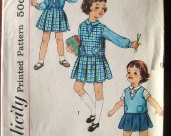 Vintage Sewing Pattern - Simplicity 3133 - 1960s - Toddler Size 2 -Toddler Dress Jumper Skirt & Blouses - Lace Edge Blouse - Pleated Skirt