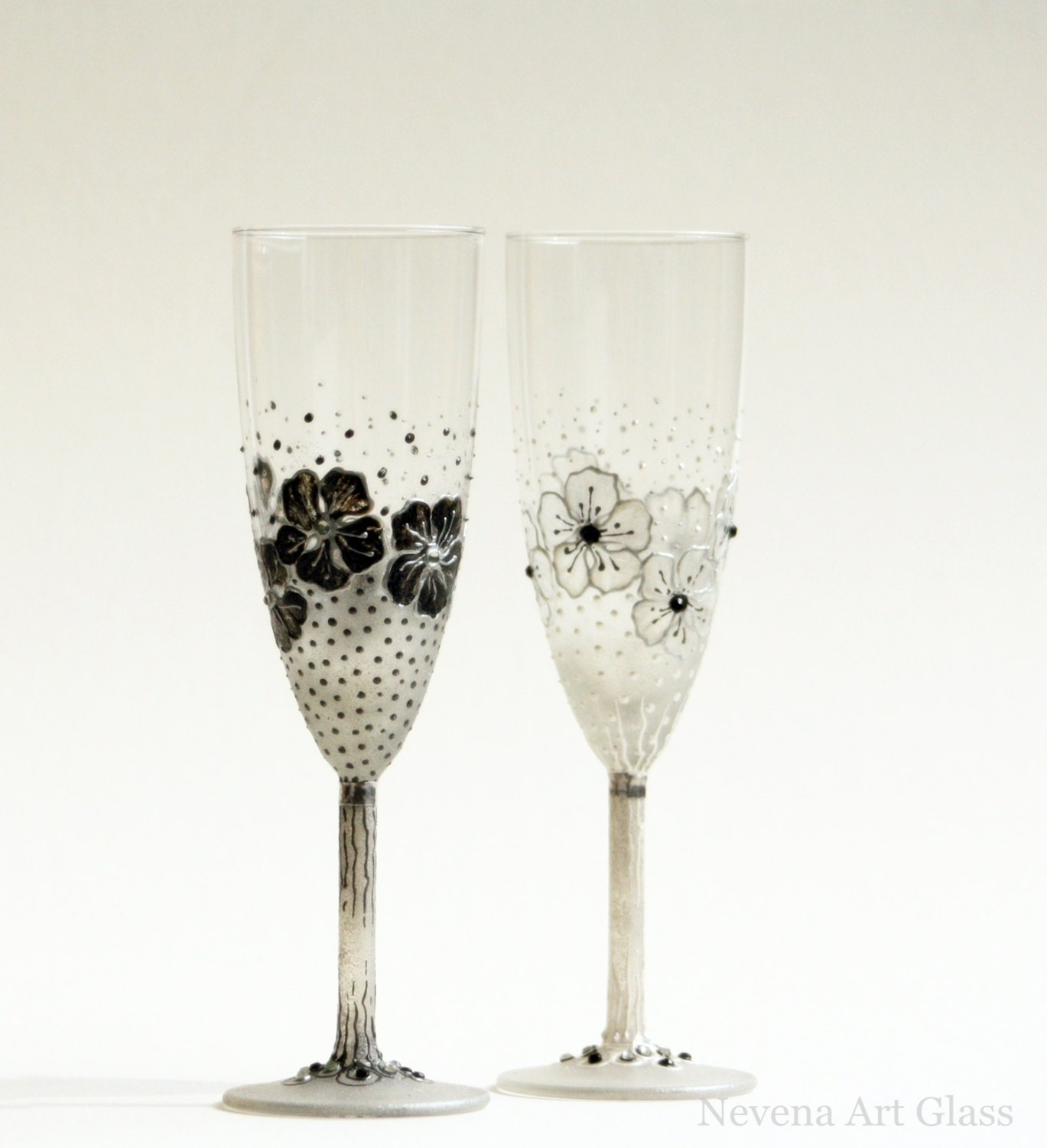 black white wedding champagne glasses wedding flutes