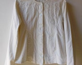 SALE Vintage off white jacket in quilted cotton. Size medium or 38 european
