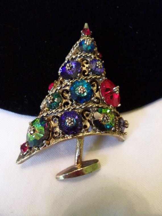 Weiss jewelry glass rhinestone christmas tree brooch pin gold