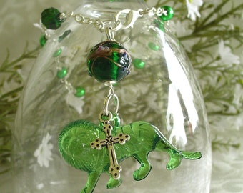 Green Lion with Cross Anglican Rosary Bracelet - May Birthstone