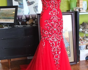 Lady in RED Alternative Wedding dress-Party-Prom gown strapless beaded mermaid dress