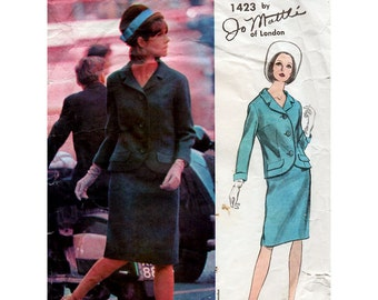 1960s Jo Mattli Suit Pattern Vogue Couturier Design 1423 Jacket and Skirt Vintage Sewing Pattern Bust 32