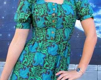 1960s Dress Midi Green Blue Black Floral cotton / poly short puff sleevesafrican ankara // Size XS