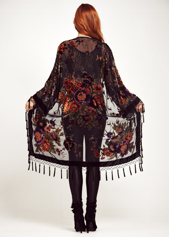 Add some style with any of our sheer, fringe. lace and floral kimonos at Haute & Rebellious. Perfect for layering a chic touch!
