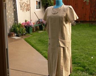 tan dress size  11/12