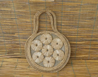 Vintage Lady's 1970's Beige Round Floral Detail Straw Hand Bag