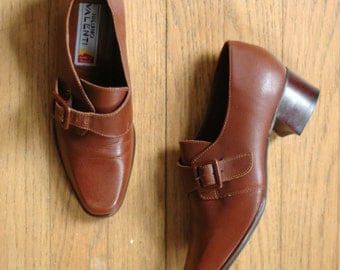 vintage buckle oxfords  / 1980s brown leather shoes / size 6
