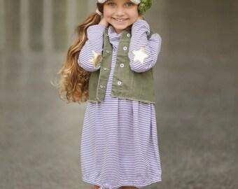 Children's Hat, Crochet Hat, Crochet Newsboy Hat with 3 Flowers, Kids Fashion