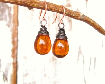 Amber Drop Earrings.Wire Wrapped Briolette Earrings.Amber Dangle Earrings.Honey Glass Earrings.Amber Jewelry.Czech Jewelry.Honey Bee Jewelry