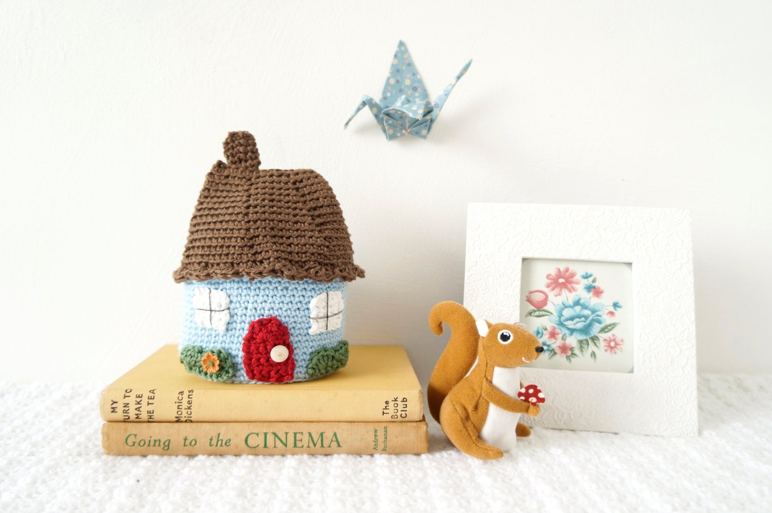 Amigurumi Doll House : Country Decor Ornament Home Crochet Pattern Doll House
