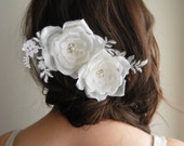 Bridal Hair Flowers, Bridal Hairpiece, Ivory Silk Flowers with Lace