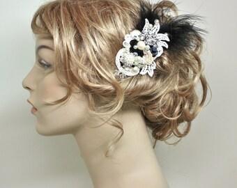 Black Hair comb- Bridal Hair Accessory- Black Bridal Comb- Wedding Hair Accessory- Feather Hairpiece- Bridal Hairpiece- Black Floral Clip